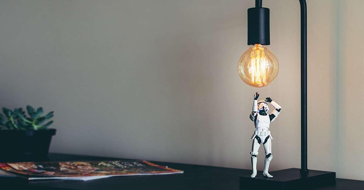Vuoi una casa smart incomincia dalle luci