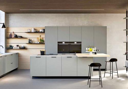 cucina a vista e soggiorno
